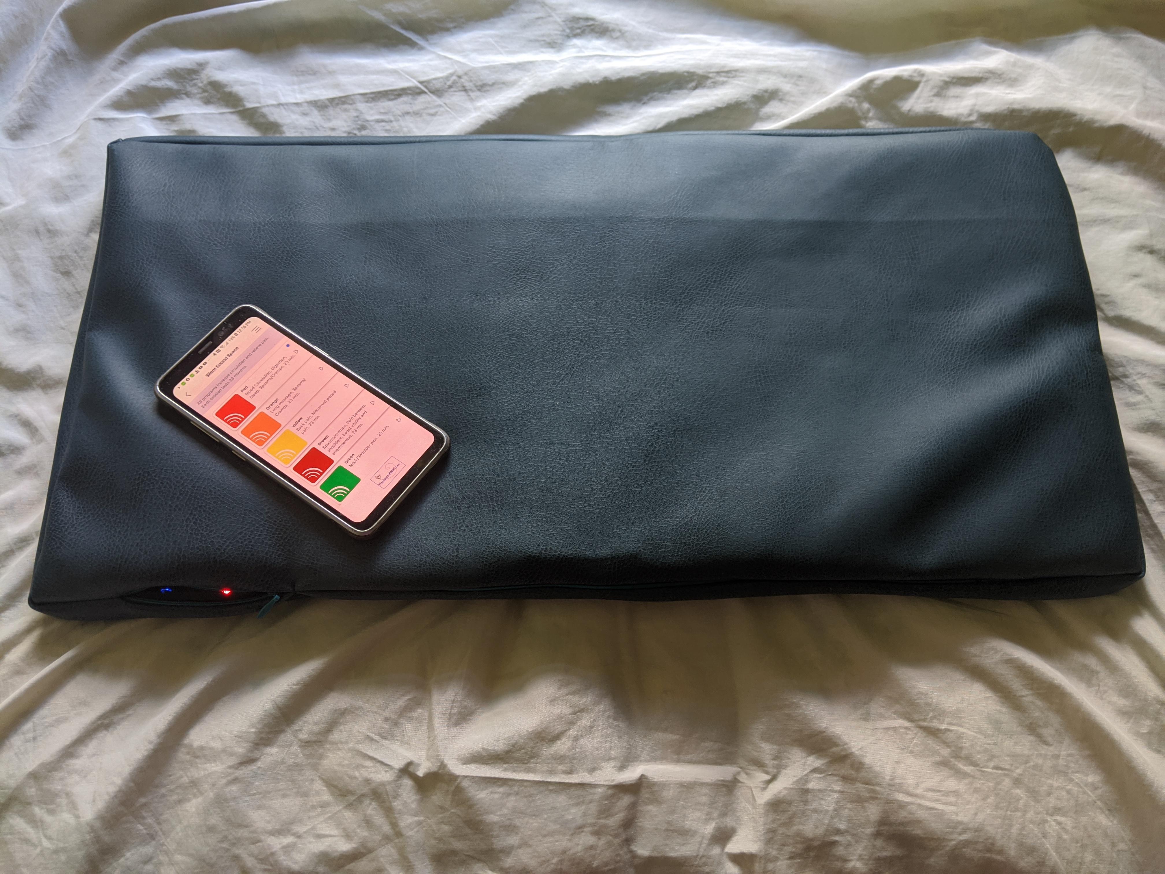 built-In vibrations tiny mat