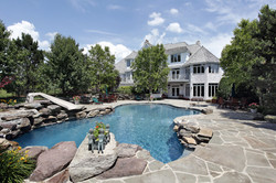 Luxury Custom Swimming Pool Install and Service_911 Pool Rescue