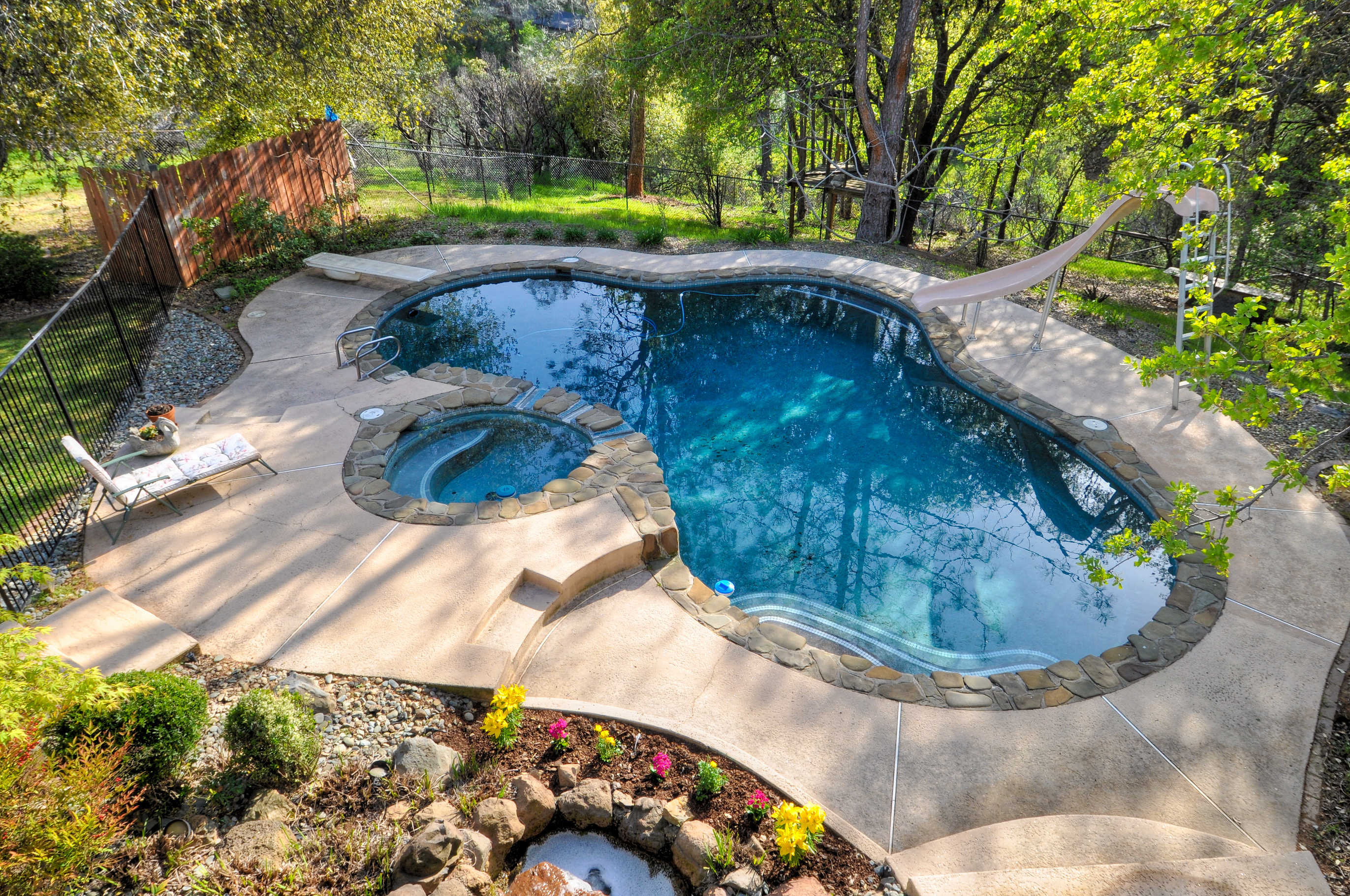 Custom Luxury Pool Service and Install_911 Pool Rescue