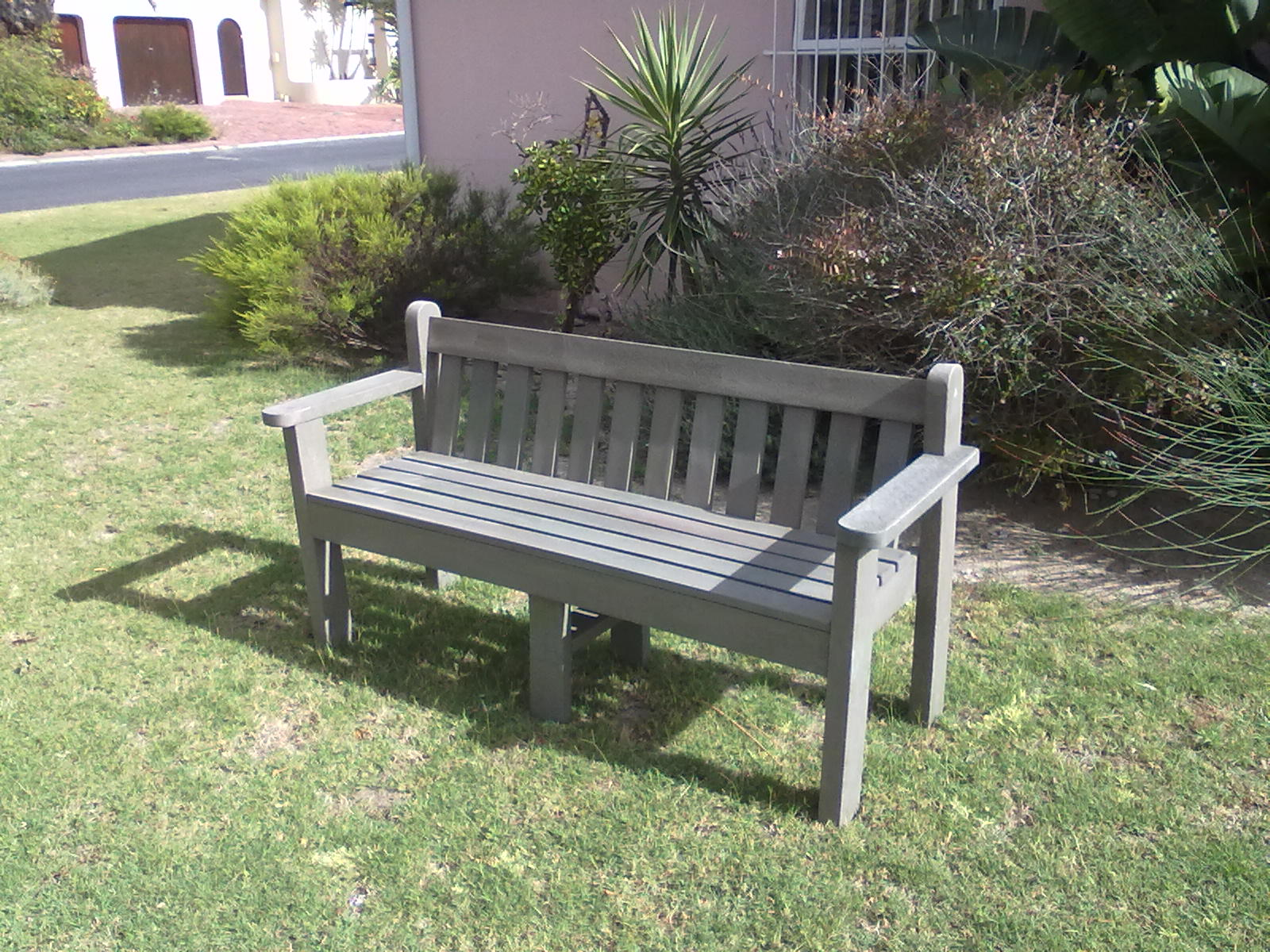 4 Seater King Bench