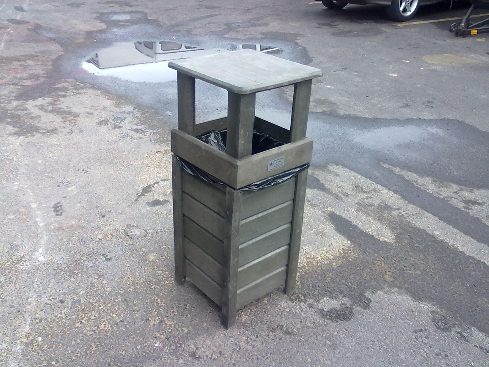 High-Top Bin Closed