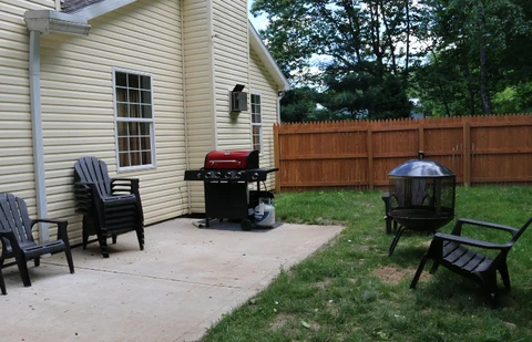 Patio_gas_grill_fire_pit_chairs_e980fdac