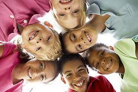 The Joyful Mysteries of Children (Spanis