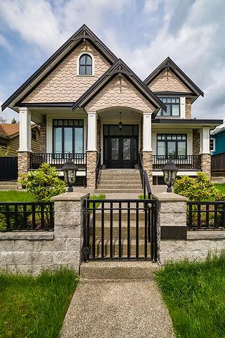 A perfect neighbourhood. Luxury resident