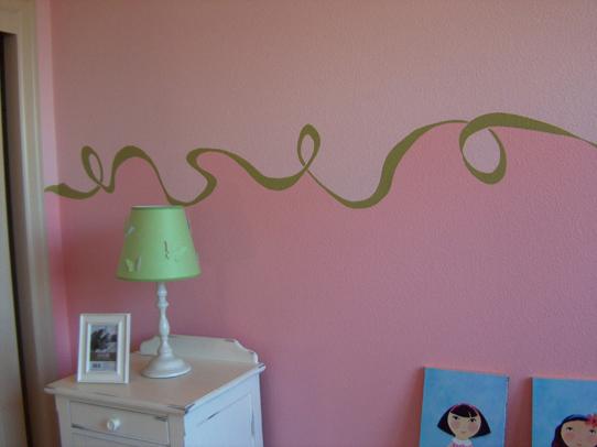 Bedroom Curlique