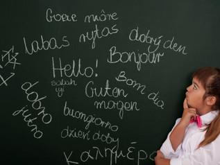 Os pais devem ensinar a língua materna aos filhos