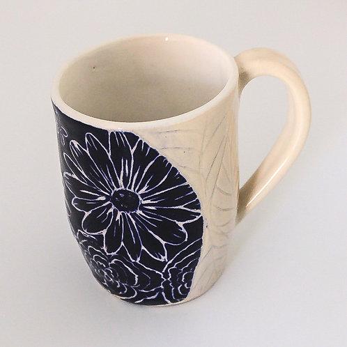Blue/white carved mug