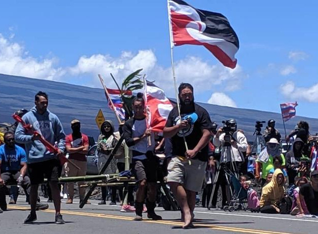 eight_col_MaunaKea1.jpg