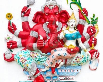 スペシャルヨガレッスン ガネーシャ祭り!