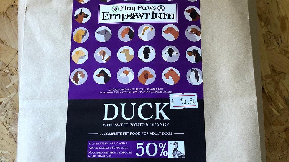 Play Paws Empawrium Adult Kibble Duck with Sweet Potato & Orange