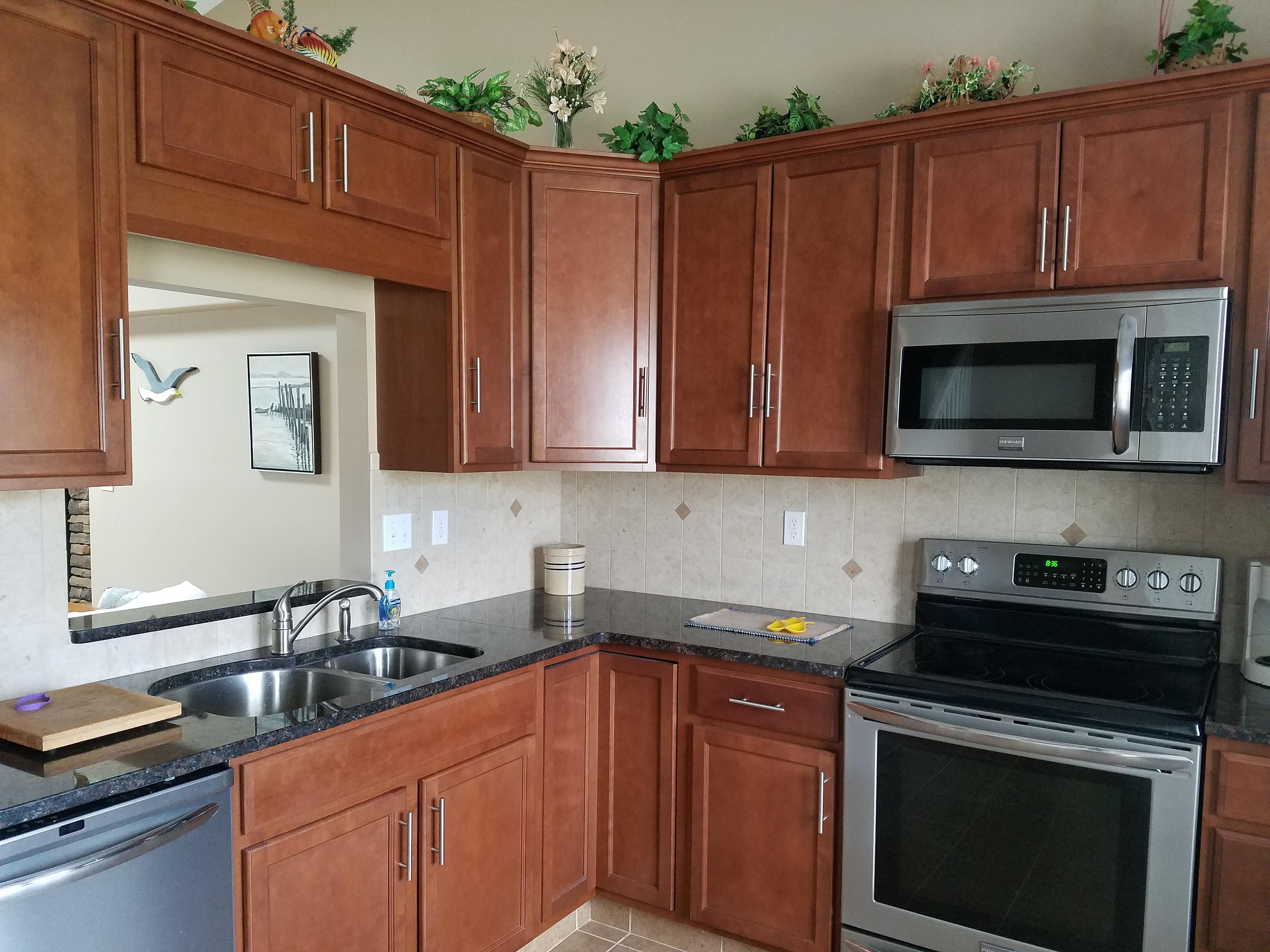 Kitchen For New Homes Lighthouse Bluffs New Homes In Marblehead Ohio 331 Kitchen