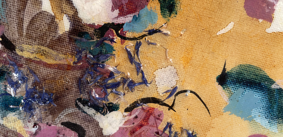 Detail View of Small Round Composition S9