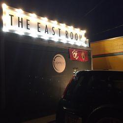 east room thumb