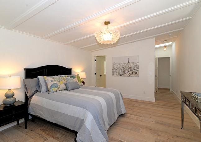 Master Bedroom 1-0