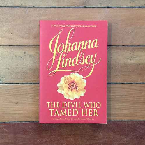 The Devil Who Tamed Her by Johanna Lindsey (soft cover, good condition)