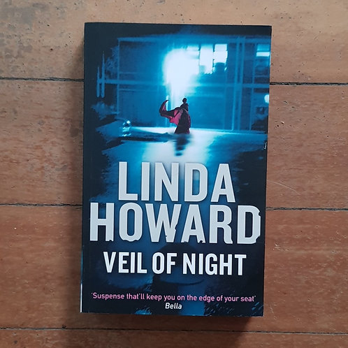 Veil of Night by Linda Howard (soft cover, good condition)