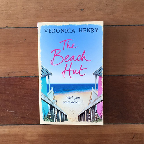 The Beach Hut by Veronica Henry (soft cover,very good condition)