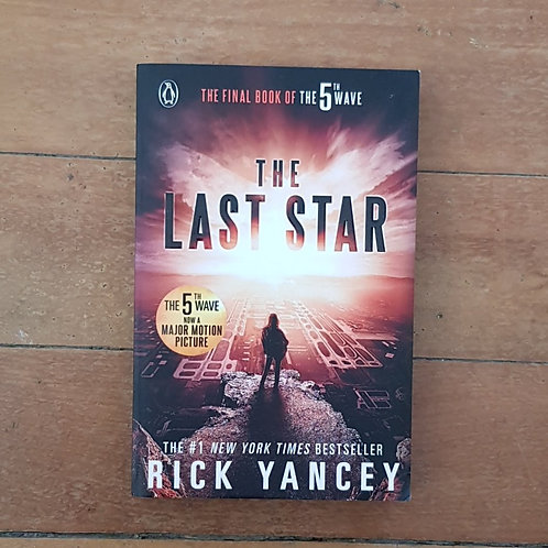 The Last Star (The 5th Wave #3) by Rick Yancey (soft cov, good cond)