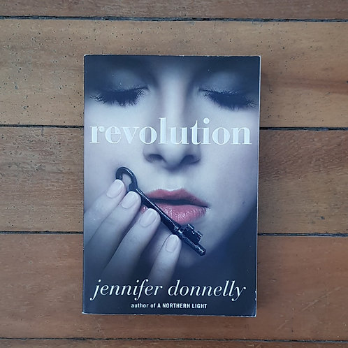 Revolution by Jennifer Donnelly (soft cover, good condition)