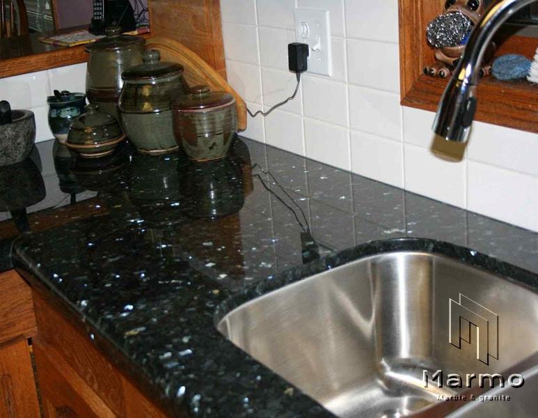 Emerald-Pearl-Granite-Kitchen-Countertop