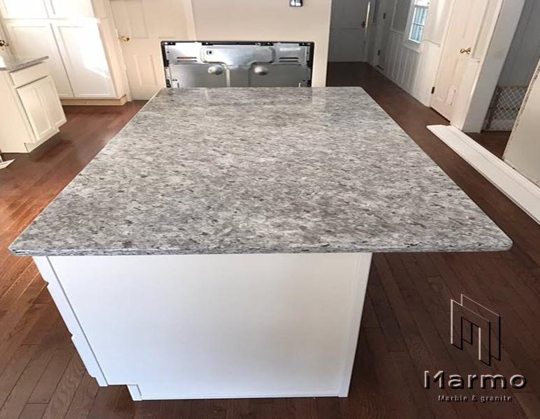 Moon-White-Granite-Countertops.jpg