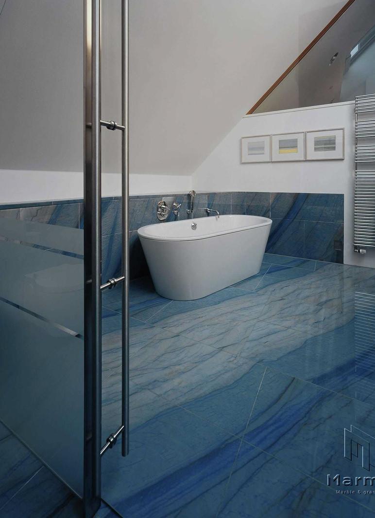 kusser-naturstein-bad-azul-macaubas.jpg