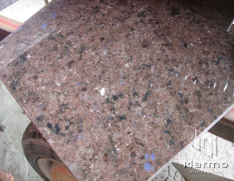 labrador-antique-granite-slabs-labrador-