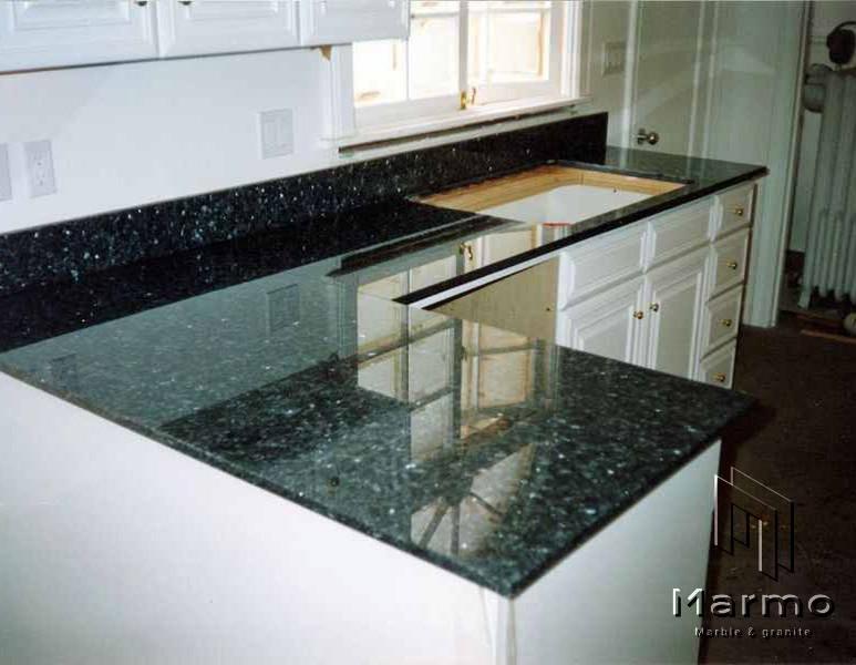 emerald-pearl-granite-countertops-802440
