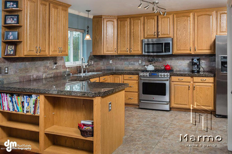 11-craftsman-kitchen-with-blue-pearl-gra