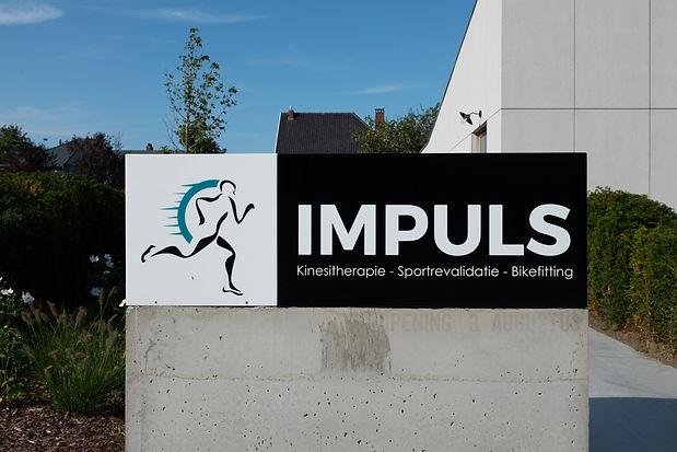 Impuls%podoloog%sport%Oostende%Sportrevalidatie%bikefitting%logo%kine%podo%kinesist%fysiotherapeut