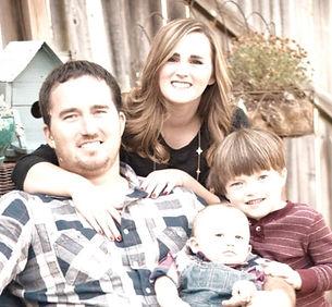 Family%252520Pic_edited_edited_edited.jp
