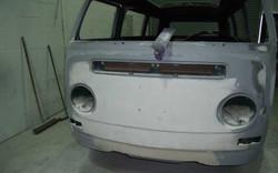 volkswagen-1969-Bay-window-camper-van_front.jpg
