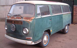 volkswagen-1969-Bay-window-camper-van-before-restore.jpg