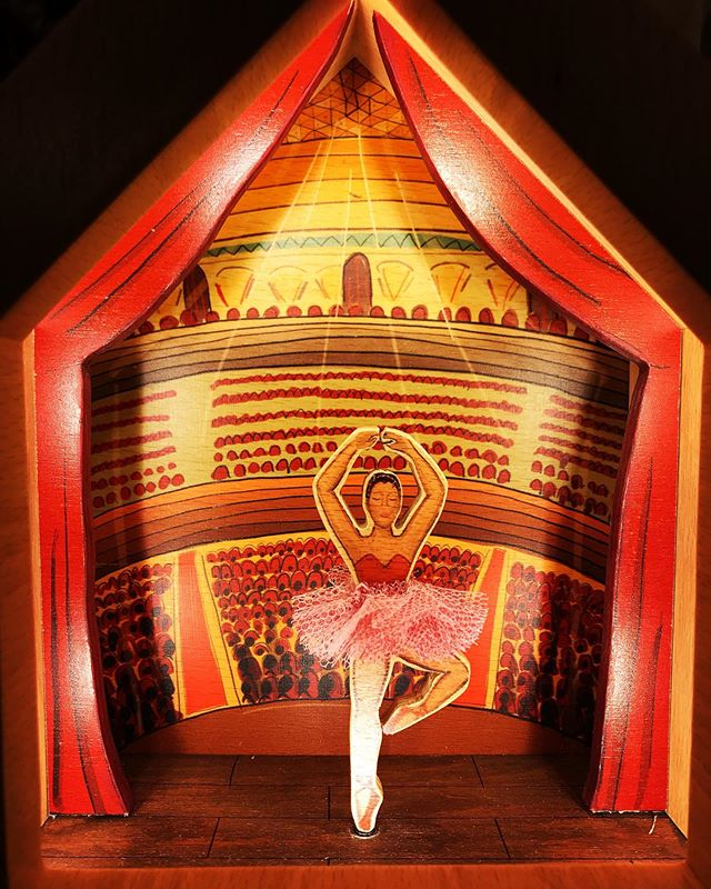 Ballerina Lamp 🎈 Our #wooden #balle