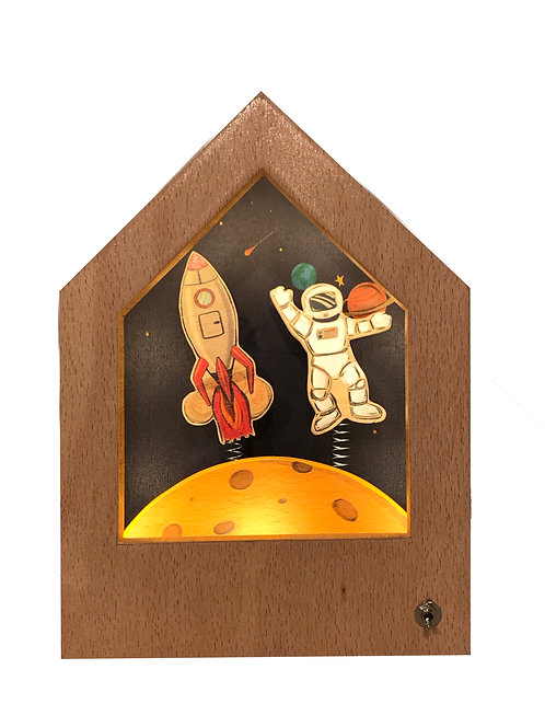 Space | Wooden Story Lamp | Ahşap Hikayeli Lamba