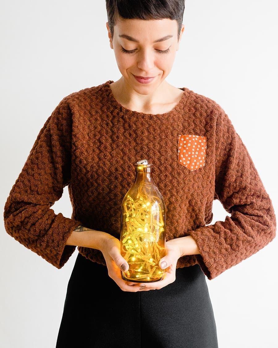 Γεμίστε μπουκάλια με λαμπάκια