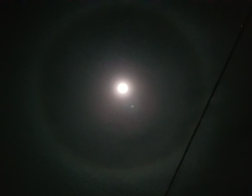 Η σελήνη όπως φαίνεται στο Γραμματικό | Φωτό: Astropixel.gr