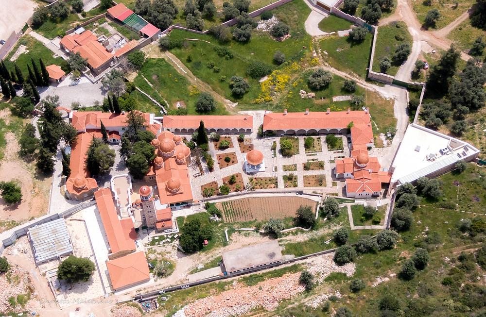 Το μοναστήρι του Άγιου Εφραίμ
