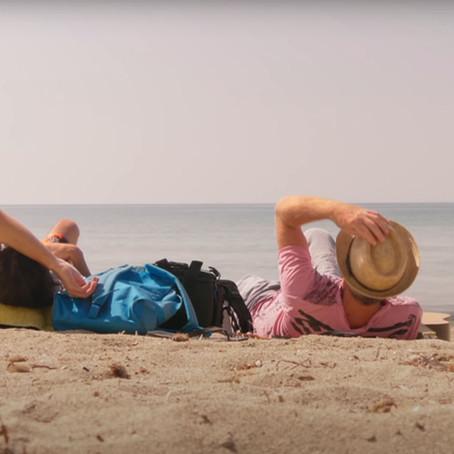 """""""Ο Ανθρωπάκος"""" πάει παραλία   Νέο τραγούδι από τον Βαγγέλη Γερμανό"""