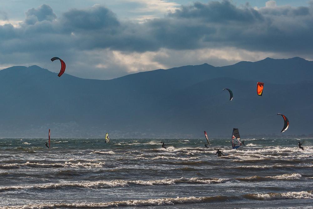 windsurfing kitesurfing Σχινιάς