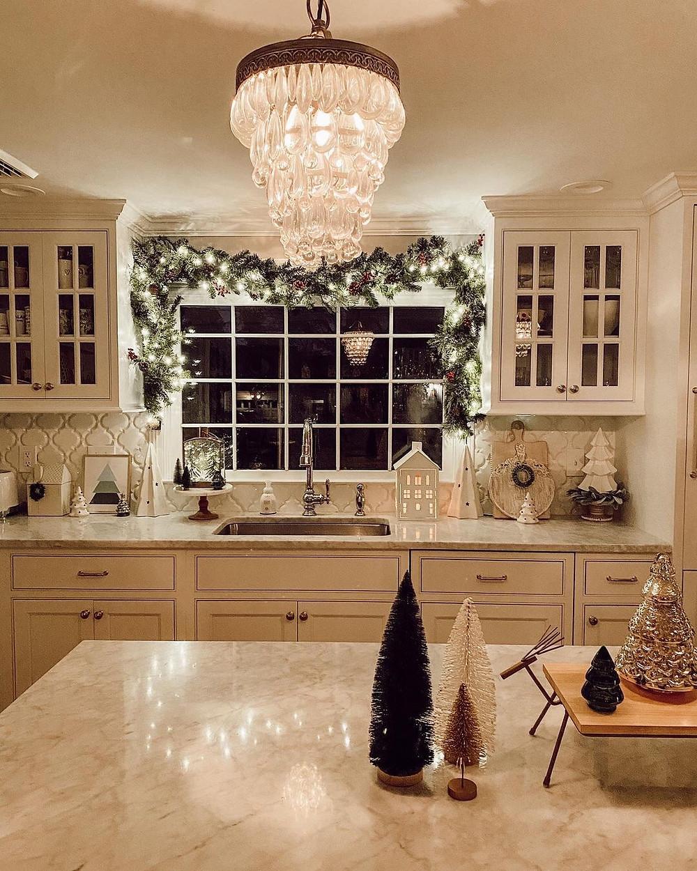 Στολισμός με φωτάκια στο σπίτι μας!