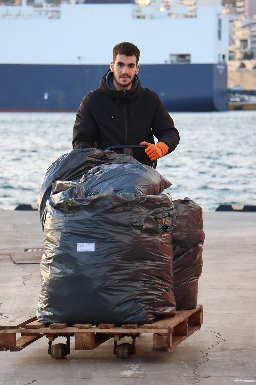 Ο Χρήστος Σαράφογλου, υπεύθυνος λιμανιού στο Κερατσίνι
