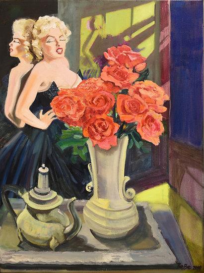 Marilyn Munroe Loves Roses