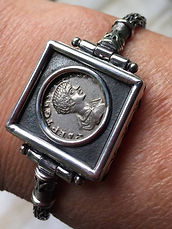 Front f the hand made bracelett with Roman Republic coin