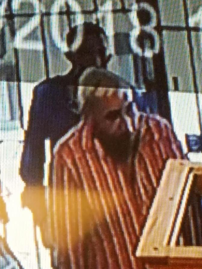 Theft-Coin Shop-Gold Coins-Suspect Photos
