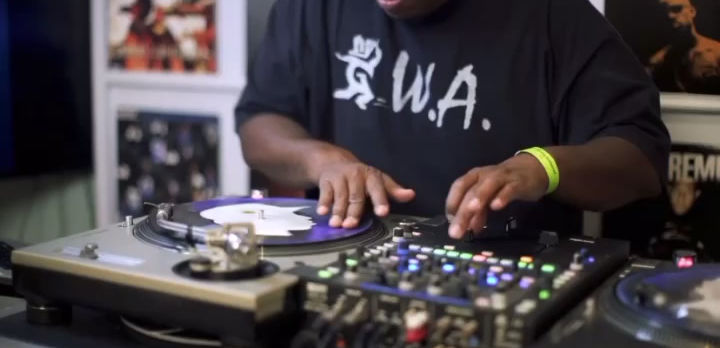 """DJ Premier playing """"Hype is Like"""" by Hype produced by Soul Chemist on his Shade 45 SiriusXM Radio Show."""