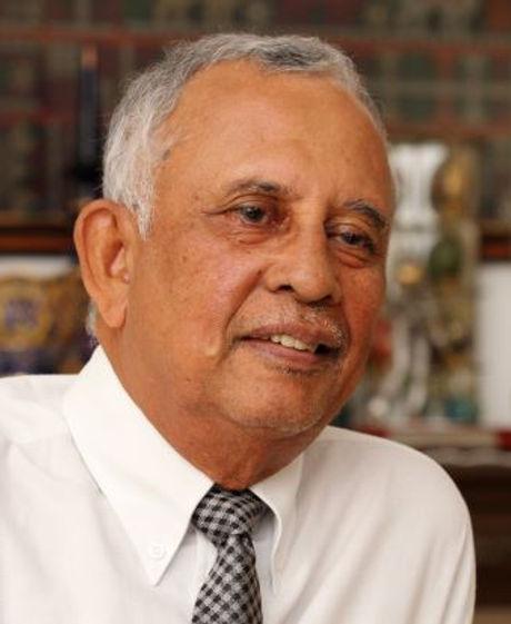 Tan Sri Mohd Sheriff Mohd Kassim pic.JPG