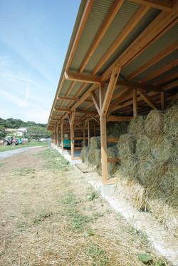 デンマーク牧場 厩舎・堆肥舎