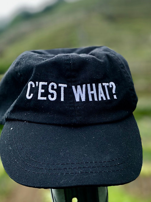 C'EST WHAT? 100% cotton cap with leather strap