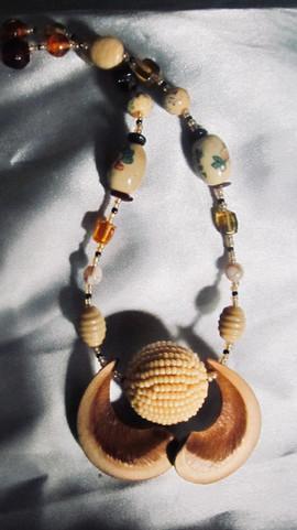 Sandbox Tree pod necklace.jpg